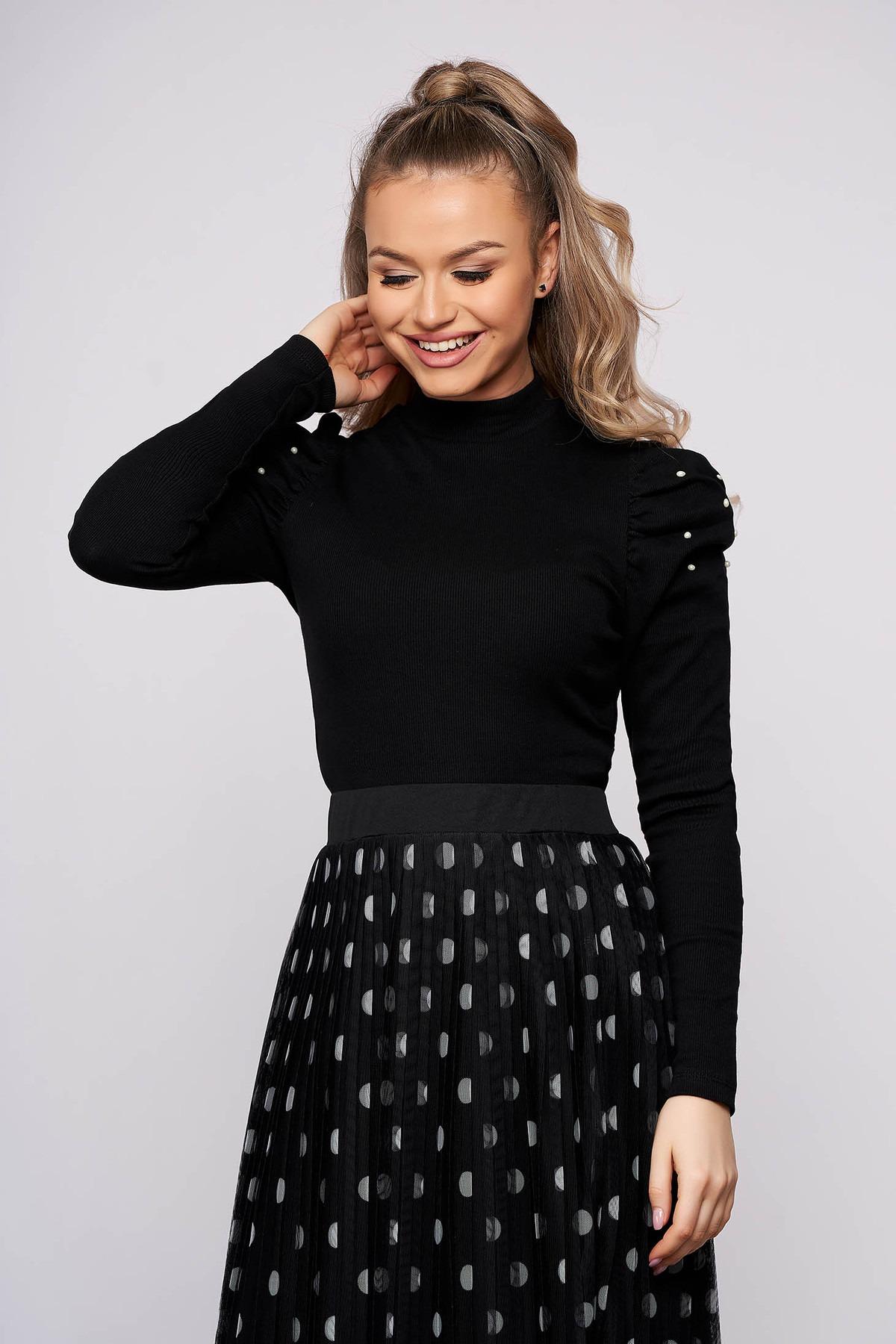 Bluza dama SunShine neagra mulata scurta pe gat din material reiat cu umeri cu volum