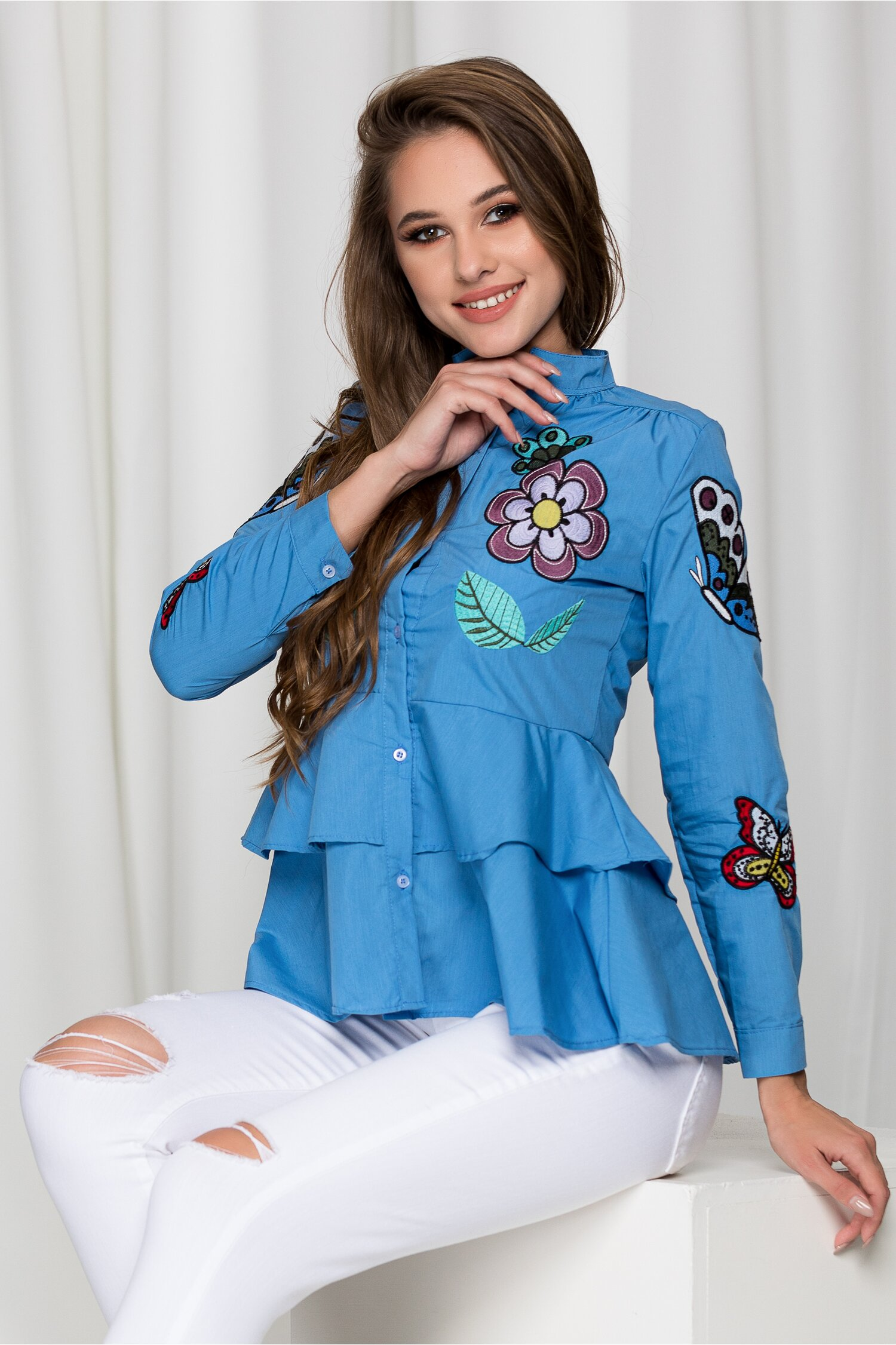Camasa Alina bleu cu broderie diversa